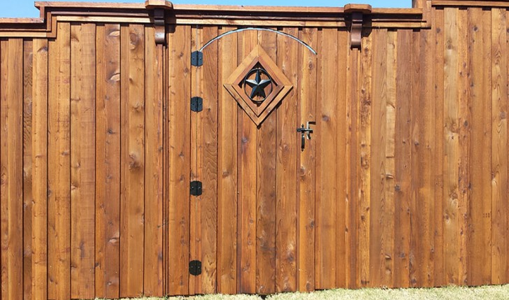 Adcock Roofing - Fencing